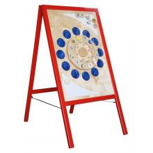 Мобильная стойка предназначена для удобного хранения до десяти заменяемых игровых панелей.